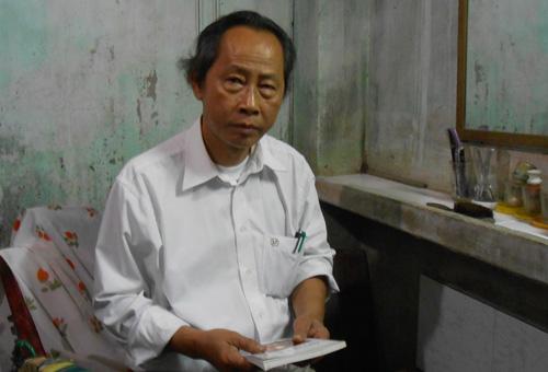 Ông Nguyễn Hữu Khanh kể về những câu chuyện mà ông từng chứng kiến.