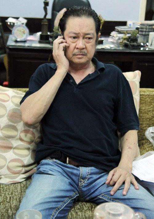 Những ngày này, Chánh Tín nhận được hàng trăm cuộc điện thoại từ bạn bè, người hâm mộ khắp nơi