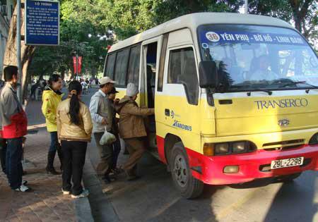 Giá vé xe buýt Hà Nội sẽ tăng từ ngày 1.5.2014.