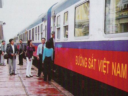 Bộ trưởng Đinh La Thăng khẳng định Bộ GTVT sẽ kiên quyết, khẩn trương kiểm tra làm rõ và xử lý nghiêm khắc những vi phạm, bất kể người đó là ai (ảnh minh họa).