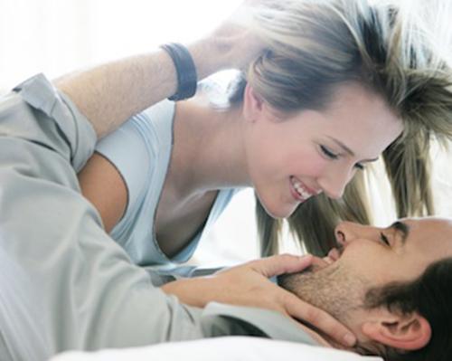 Đừng trở thành đàn bà chỉ vì đã lên giường với đàn ông. Ảnh minh họa
