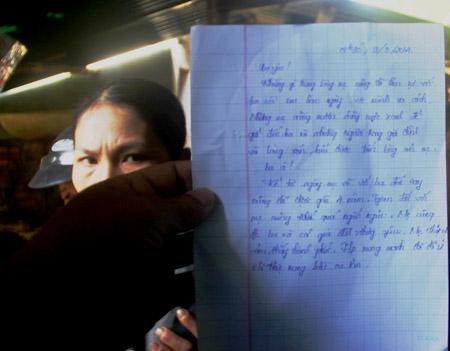 Lá thư đầy nước mắt được cho là của chị Diệu để lại trước khi chết.