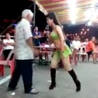 Video cụ ông nhảy với gái trẻ rất sung