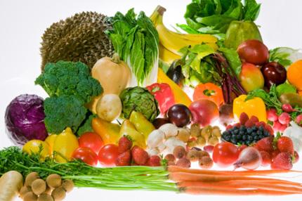 Chế độ ăn nhiều hoa quả, rau xanh tốt cho sự sản sinh của tinh trùng