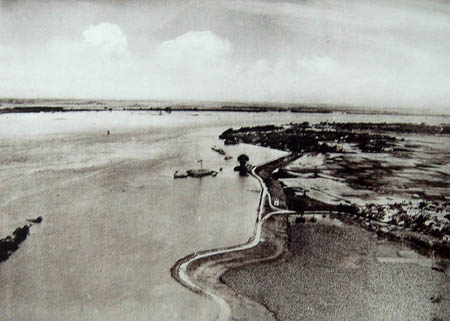 Cầu Long Biên và trận lũ năm 1926
