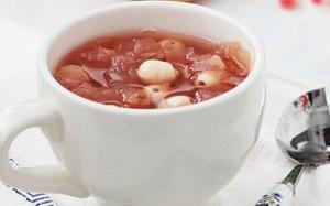 Cách nấu chè hạt sen tại nhà thơm ngon, đơn giản nhất 1