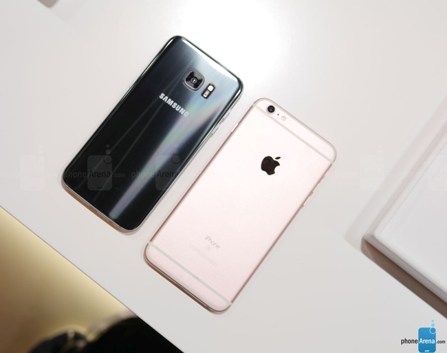 so sanh galaxy s7 edge vs iphone 6s plus: cham tran nay lua hinh anh 9