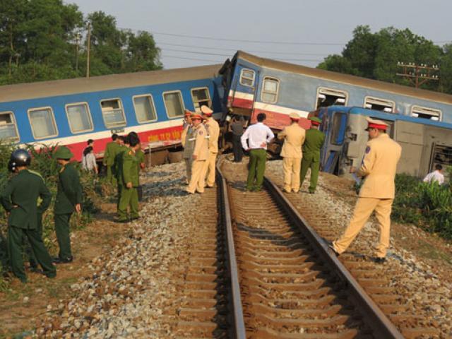 Vụ lật tàu hỏa ở Huế: Phó tàu tử nạn chưa kịp về giỗ cha
