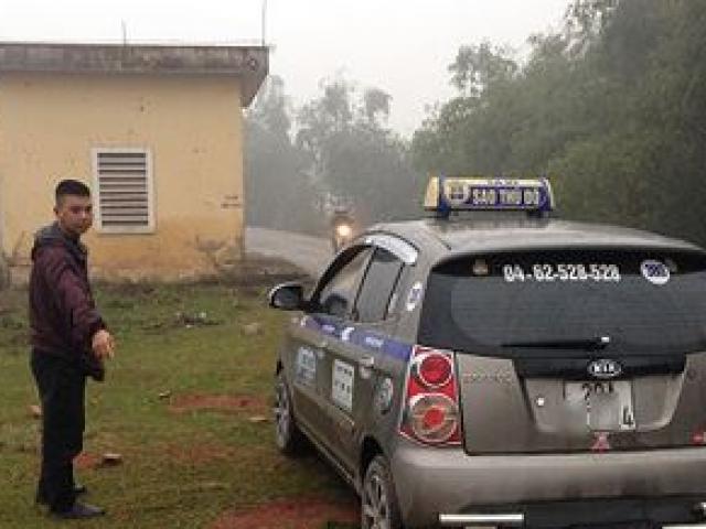 Đâm tài xế taxi, cướp tiền rồi... đưa nạn nhân đi cấp cứu