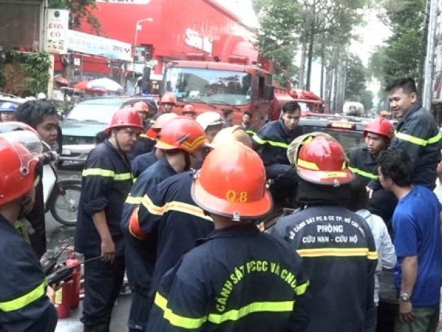 Xem U23 Việt Nam thi đấu, trăm người hoảng loạn vì cháy nhà
