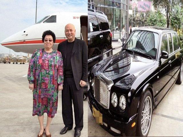 """""""Đường Tăng"""" đi siêu xe 42 tỷ, chuyên cơ riêng sau khi làm chồng nữ tỷ phú già"""