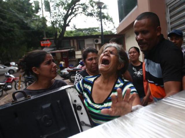 """Cảnh """"người chết đầy đường"""" ở nơi băng đảng tàn bạo nhất thế giới lộng hành"""
