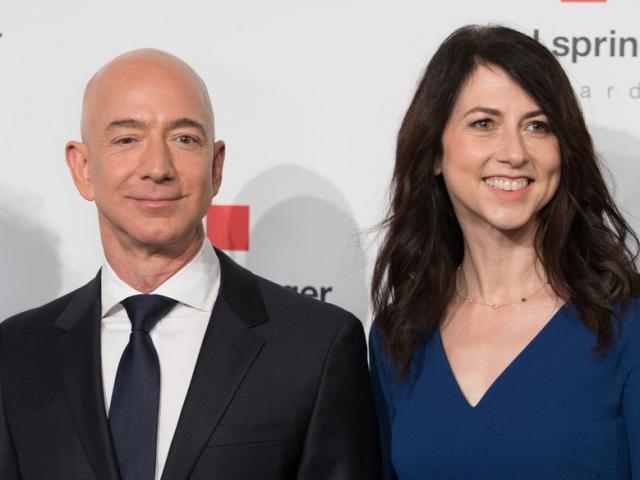 Hậu ly hôn với tỷ phú Jeff Bezos, bà MacKenize trở thành người phụ nữ giàu nhất thế giới?