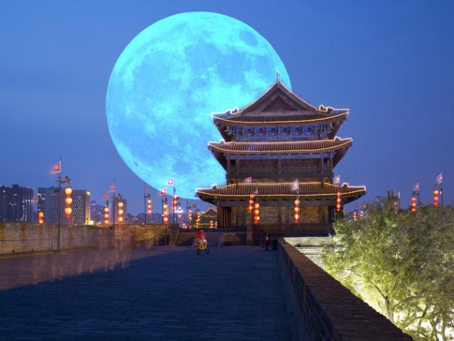 Điều kinh khủng sẽ xảy ra khi Trái đất có hai Mặt trăng cùng lúc
