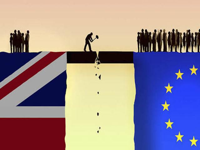 """Hàng nghìn tỷ USD """"rời bỏ"""" Anh hậu Brexit"""