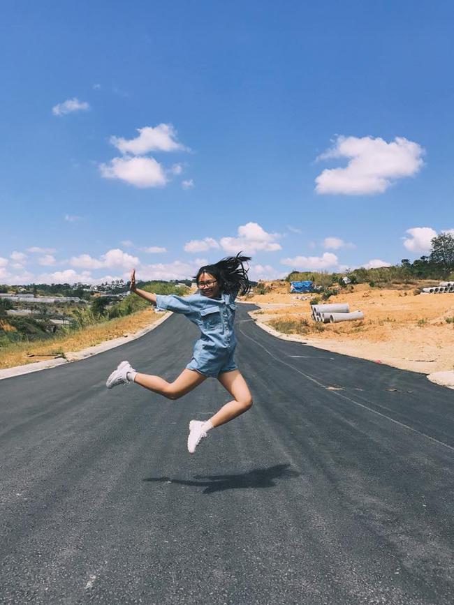 phuong my chi cua nam 2018: lum xum cat-xe nhung van la co be ngay tho hinh anh 12