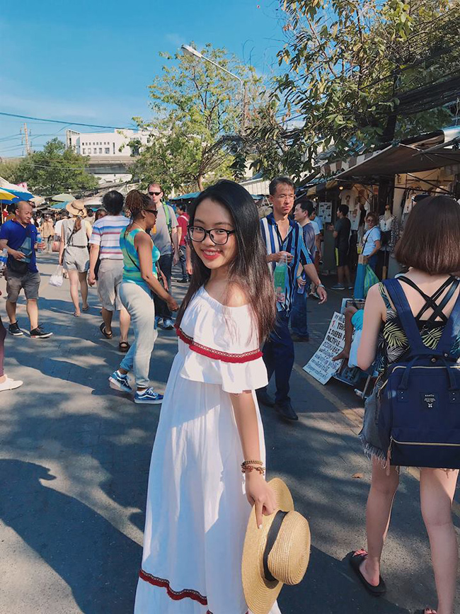 phuong my chi cua nam 2018: lum xum cat-xe nhung van la co be ngay tho hinh anh 13