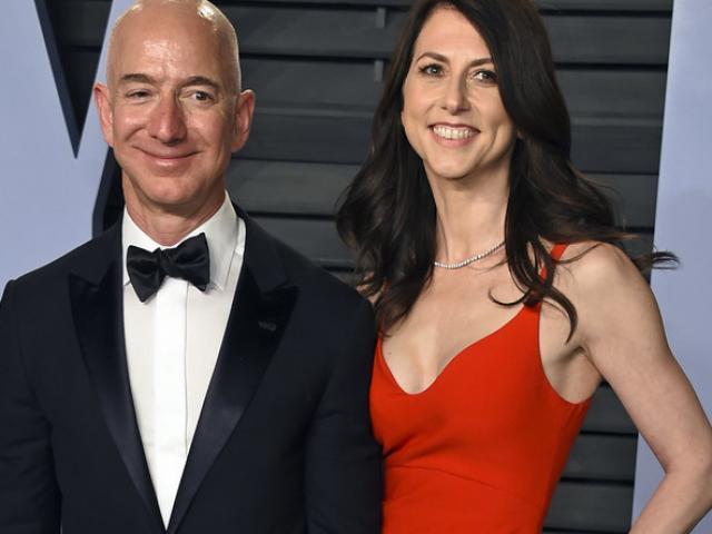 Vợ tỷ phú giàu nhất thế giới biết trước hàng tháng về nhân tình của chồng
