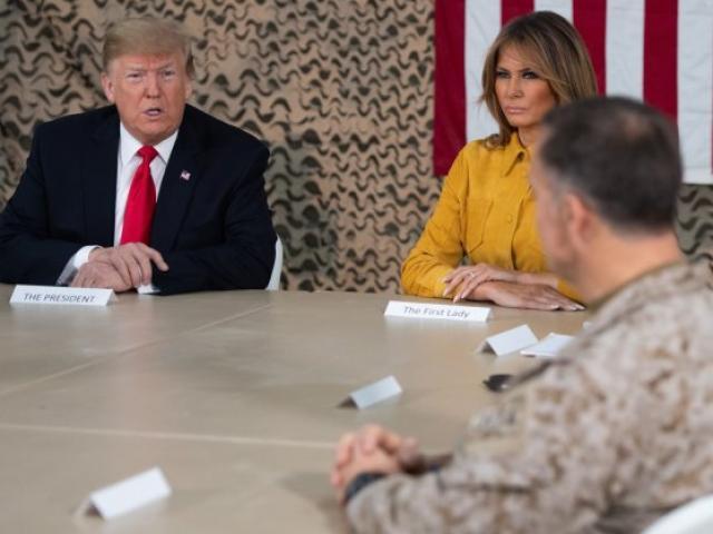 """Cuộc trò chuyện giúp """"mở mắt"""" ông Trump về khủng bố IS"""