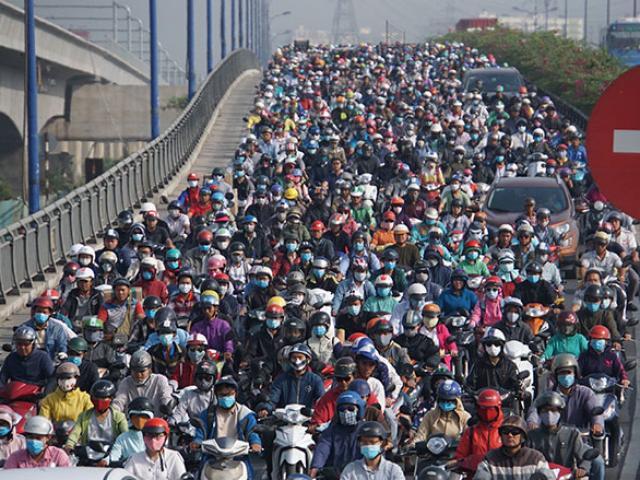 Cửa ngõ Sài Gòn kẹt xe dữ dội ngày giáp Tết, 1 giờ đi được 1km