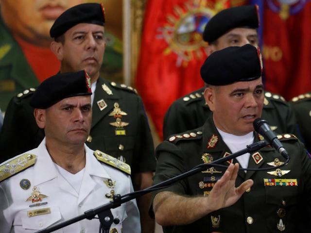 Quân đội Venezuela phản ứng ra sao khi bỗng dưng có Tổng thống thứ hai?