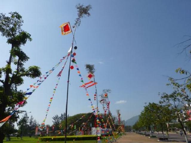 Cách dựng cây nêu ngày Tết theo đúng phong tục cổ truyền