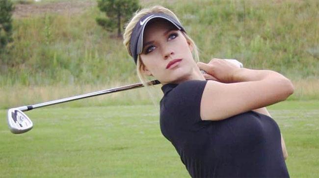 quyet chi mac vay sexy khi ra san, nu golf thu tuyet sac lien tuc bi doa giet hinh anh 11