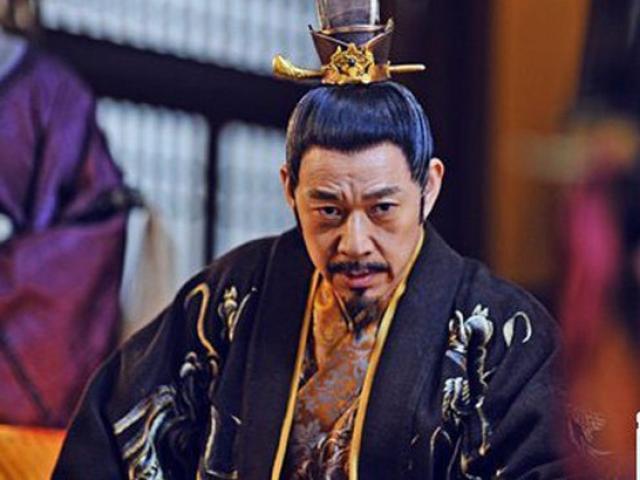 Hoàng đế vĩ đại nhất Trung Hoa cuối đời mắc sai lầm như Tần Thủy Hoàng thế nào?