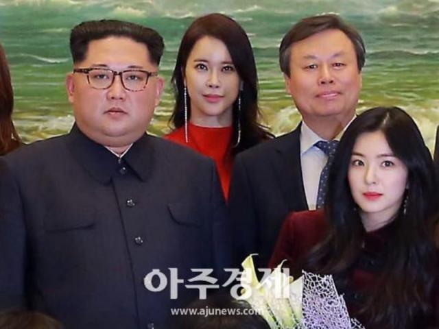 """Bức ảnh Kim Jong-un chụp cùng """"nữ thần sắc đẹp"""" K-pop của Hàn Quốc"""