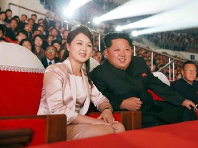 """Vì sao phu nhân ông Kim Jong-un là """"biểu tượng thời trang Triều Tiên""""?"""