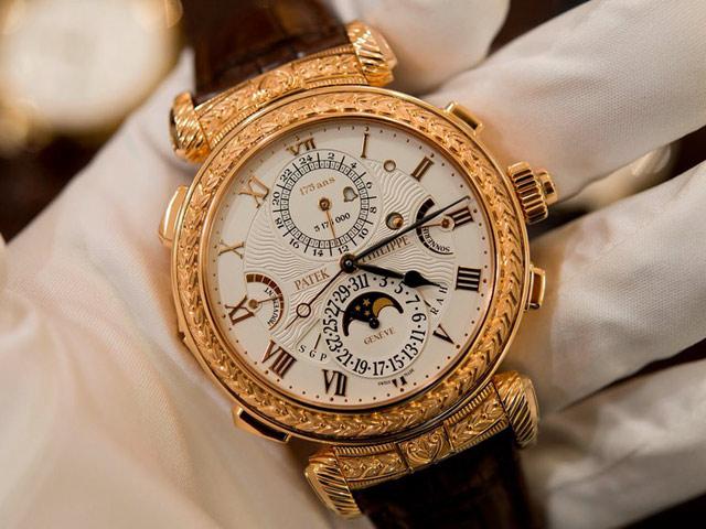 Clip: Cận cảnh chiếc đồng hồ 55 tỷ đồng có cấu tạo phức tạp nhất thế giới