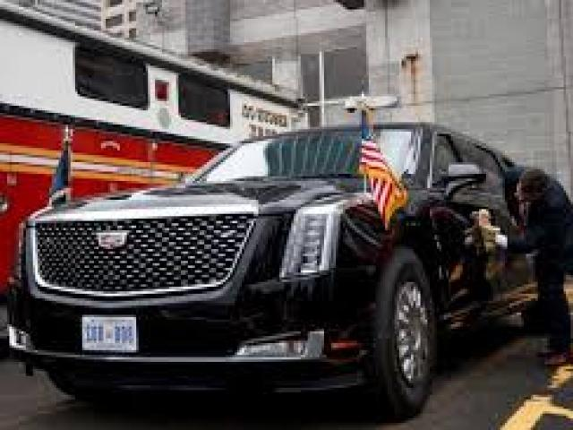 """Xe """"Quái thú"""" của Tổng thống Mỹ: Xe tăng nằm trong thân hình limousine"""