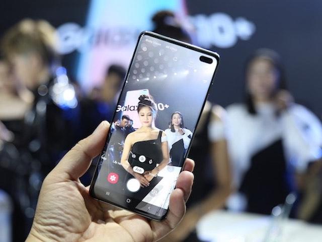 CHÍNH THỨC: Samsung Galaxy S10, S10+, S10e có giá từ 15,99 triệu đồng tại VN
