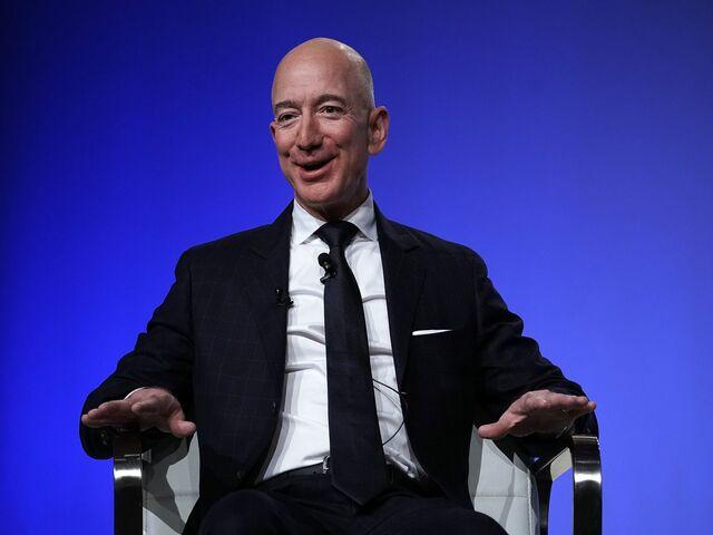Người giàu nhất TG có thể mua bao nhiêu ngôi nhà tại thành phố đắt nhất nước Mỹ