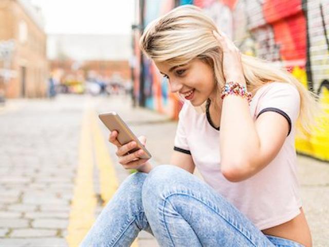 Đây là smartphone sẽ khiến bạn bỏ ngay tiền thưởng Tết để mua thay vì iPhone XS Max