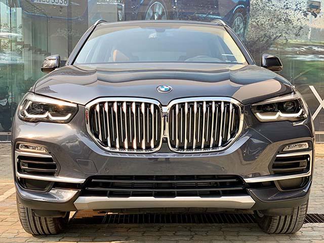BMW Việt Nam bổ xung thêm trang bị cho dòng xe X5, giá không đổi