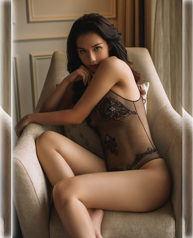 trang phuc lot mau nude cua