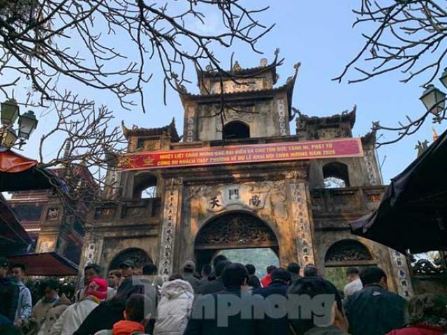 Bộ Văn hóa yêu cầu dừng lễ hội trên cả nước, kể cả lễ hội đã khai mạc