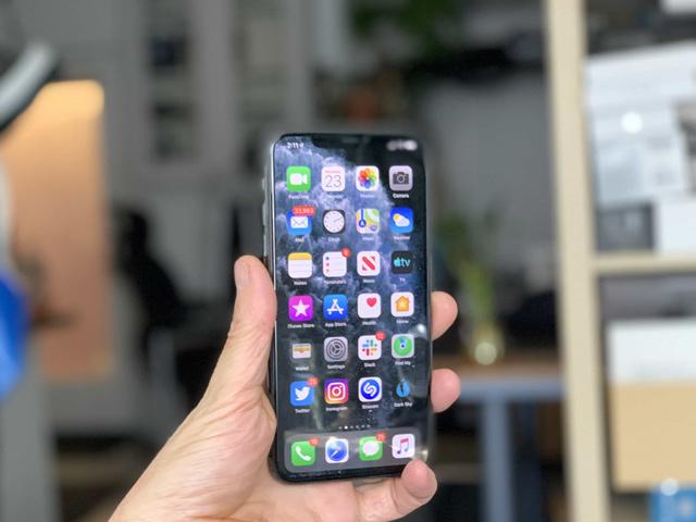 iPhone 9 đình trệ thêm 1 tuần vì virus Corona