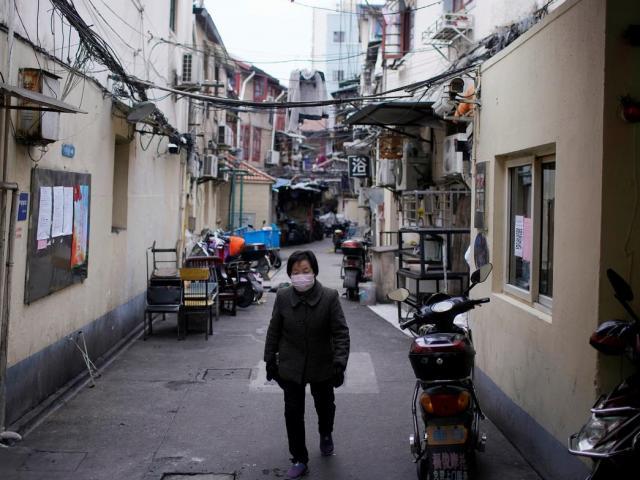 Thành phố Trung Quốc ở vùng tâm dịch Corona áp dụng quy định khắc nghiệt nhất