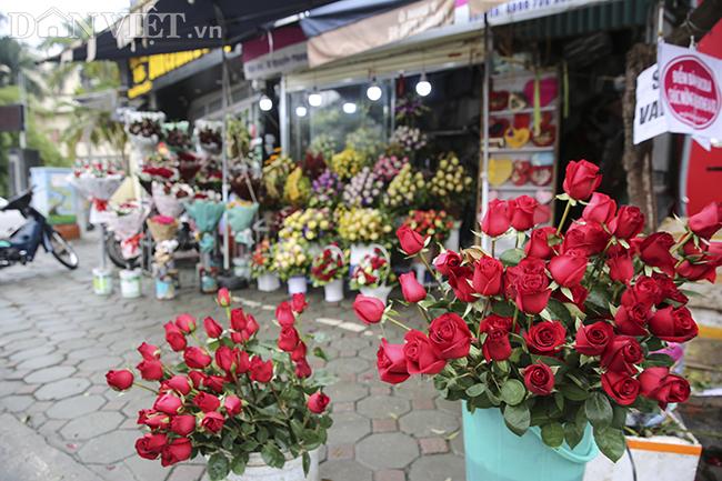 nhieu cua hang, cho hoa e am trong ngay valentine vi virus corona hinh anh 2