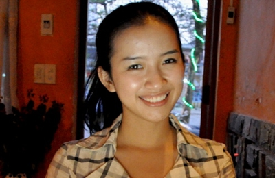 Phạm Hồng Lê Giang, sinh viên năm thứ ba, lớp tài chính - ngân hàng Đại học Kinh tế Huế