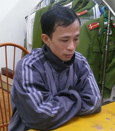 Nguyễn Đức Tiềm tại cơ quan công an.