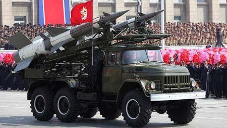 Tên lửa của Triều Tiên trong một cuộc duyệt binh.