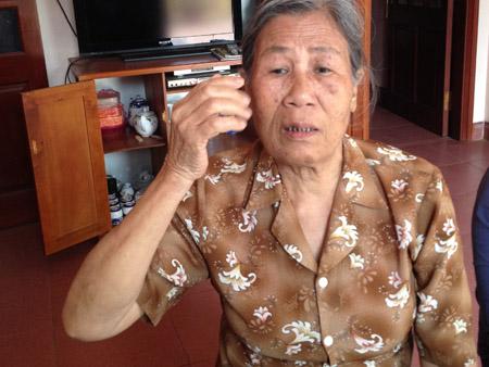 Cụ Nguyễn Thị Đông (mẹ chị S) bức xúc trước việc con rể cưới vợ hai.