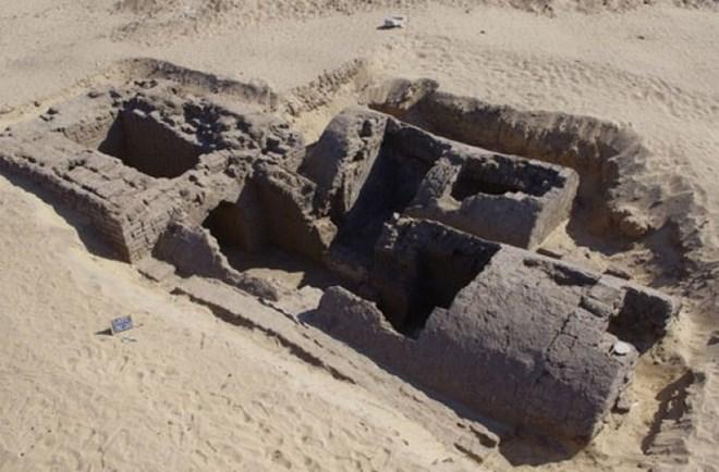 Lăng mộ 3300 tuổi được phát hiện tại Abydos, Ai Cập. (Nguồn: discovery.com)