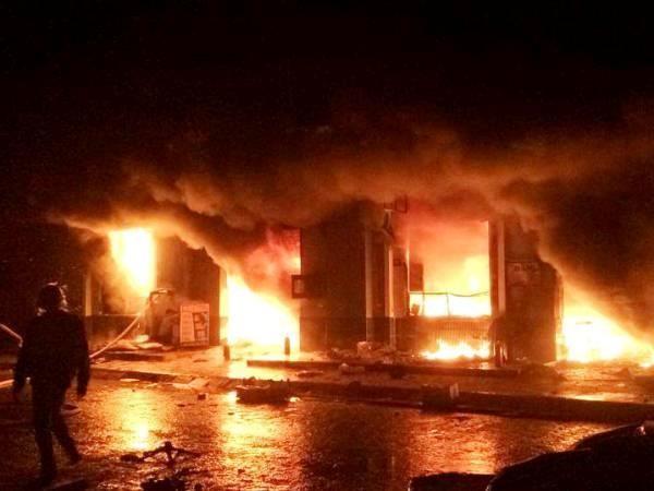 Vụ cháy chợ Phố Hiến thiệt hại ước tính khoảng 50 tỷ đồng.