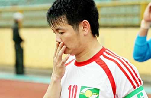 Thần đồng một thời của bóng đá Việt Nam - Văn Quyến tuyên bố giải nghệ ở tuổi 30. (ảnh: Minh Hoàng)