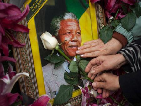 Lễ Kỷ niệm đầu tiên được tổ chức sau khi cựu  Tổng thống Nelson Mandela qua đời.