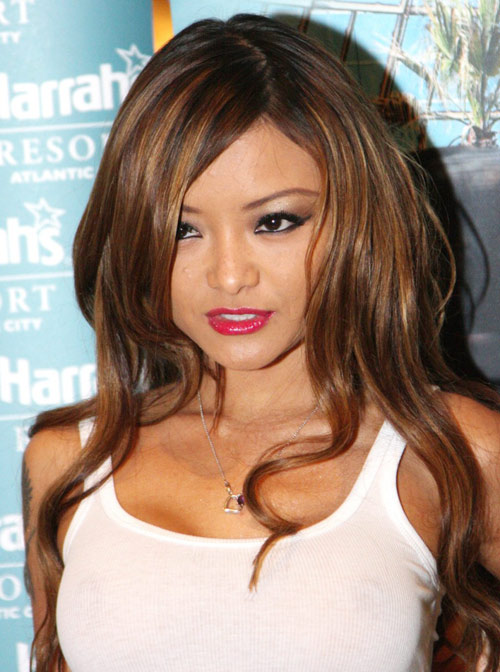 Tina Tequila là quả bom sex gốc Việt tai tiếng làng giải trí.